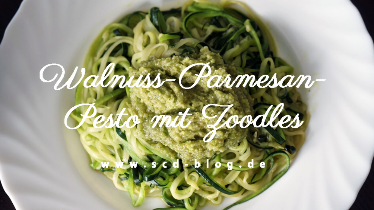 Walnuss-Parmesan-Pesto mit Zoodles